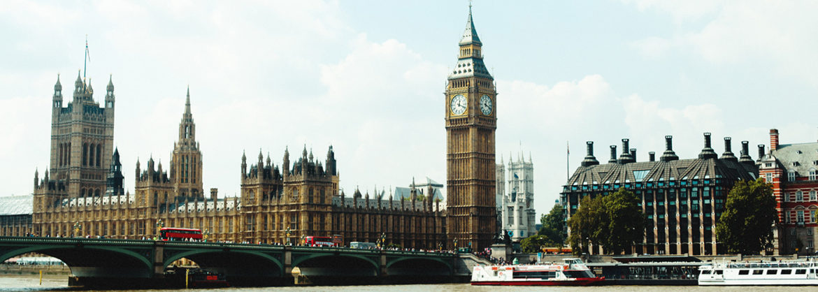 Learn English and discover London!